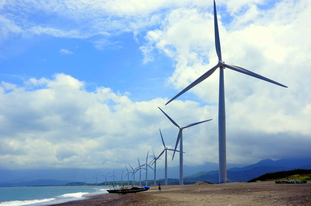 Entry # 8: Combatting energy crisis by utilizing Green alternative source of energy. Wind Farm- sustainable, clean and cost-efficient. Photo taken at the 1st Wind Farm in Southeast Asia, Bangui Wind Farm, Ilocos. Photo by: Angelie S. Azcuna