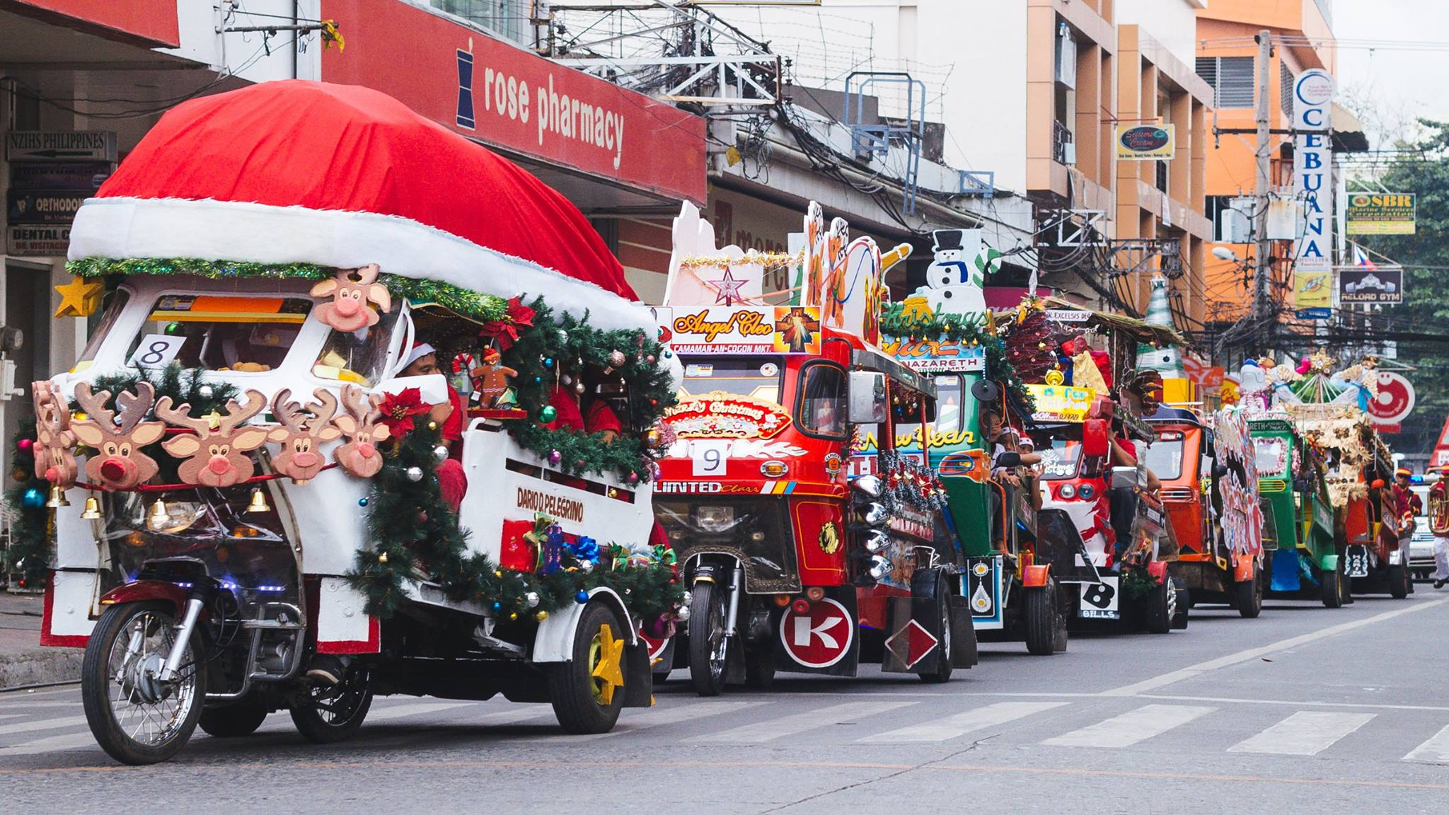 Christmas Jeepney.Paskorela Cagayan De Oro S One Of A Kind Christmas