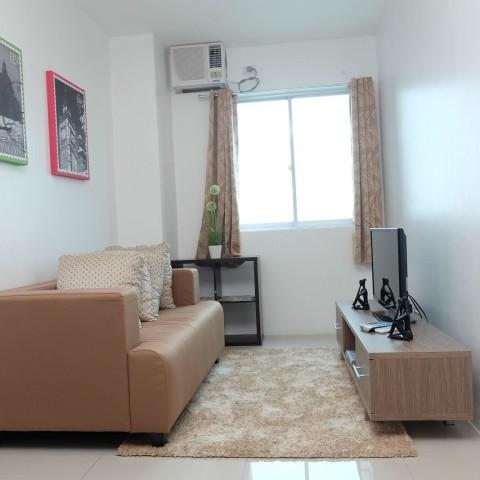 Living Room -909