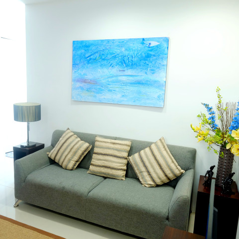 Living Area - 902